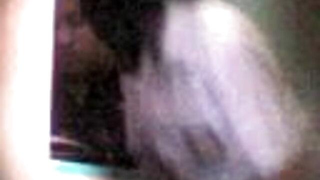 रूसी युवती ने एक भावुक चुदाई में खुद को अपने हिंदी मूवी सेक्स मूवी प्रेमी को गांड में दे दिया