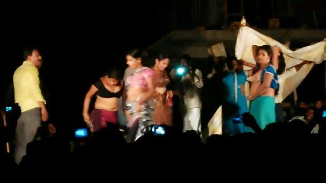 समलैंगिकों सेक्सी फिल्म हिंदी वीडियो मूवी चुंबन