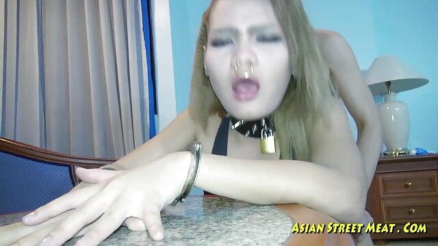 गुदा मैथुन की सेक्सी मूवी के लिए रूसी प्रेमिका को राजी किया