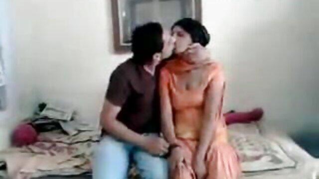 बिग डिक गधे और बिल्ली में एक रूसी श्यामला हिंदी में सेक्सी वीडियो मूवी fucks