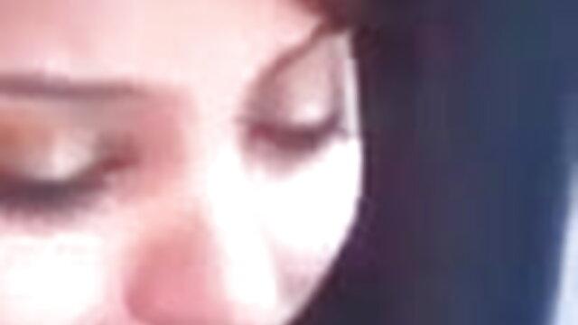 छेदा गोरा और उसका दोस्त सेक्सी हिंदी मूवी वीडियो में