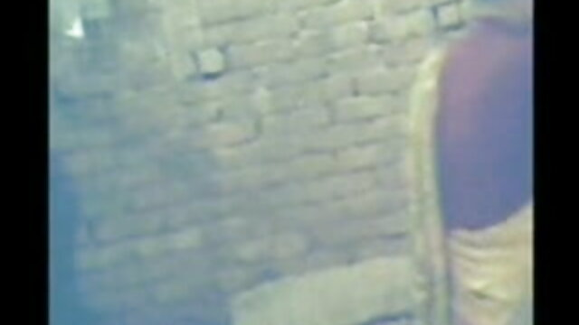 चाट छेद समलैंगिकों पूल के पास फुल सेक्सी वीडियो फिल्म एक गैंगबैंग फेंक दिया