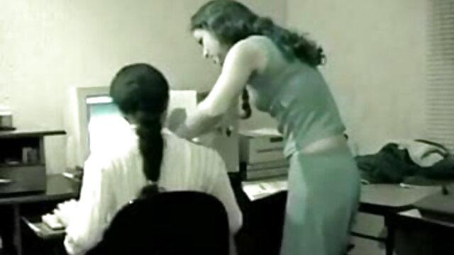 परिपक्व माँ नायलॉन सेक्सी मूवी इंडियन मूवी pantyhose में बंद झटका