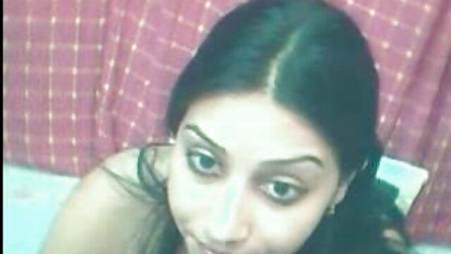 एक अहंकारी पुरुष ने बस में दो सुंदरियों सेक्सी पिक्चर हिंदी फुल मूवी को गड़बड़ कर दिया