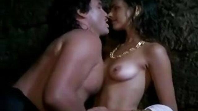 लड़का प्राकृतिक स्तन के सेक्सी फिल्म फुल मूवी साथ एक सुंदर लड़की गधा में fucks