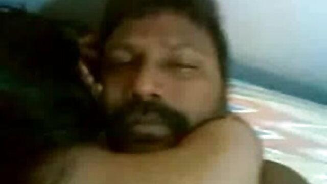 गुदा और मुँह फ्री सेक्सी मूवी फिल्म चोदना