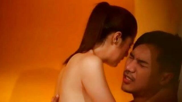 गोरा वातावरण में आकर्षक हिंदी सेक्सी फिल्म मूवी ट्रांस के साथ मज़ा आता है