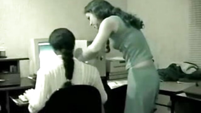 काले प्रेमी गिरोह का इंग्लिश सेक्सी मूवी वीडियो धमाका