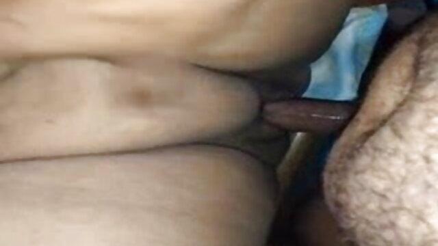 नीग्रो ने बड़े दूध के साथ एक सफेद हिंदी सेक्सी मूवी चलने वाली गड़बड़ कर दिया