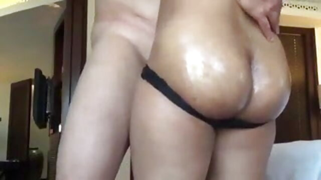 मोटा रूसी लड़की ने चूसा और डिक वीडियो सेक्सी मूवी पर लगाया