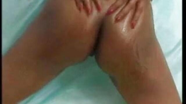 पुराने कुत्ते ने सेक्सी मूवी पिक्चर हिंदी एक लड़की को एक बहुत बड़ा डिक दिखा कर सेक्स के लिए बहकाया
