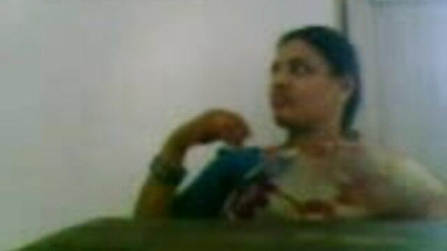 पेरू की पहली सेक्सी मूवी सेक्सी सेक्सी अभिनेत्री