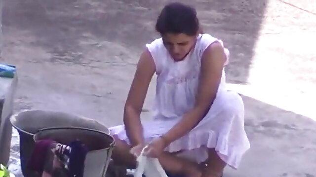 स्किनी रशियन लड़की को फिल्म फुल सेक्सी वीडियो क्यूनिलिंगस चाहिए
